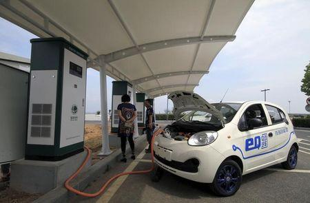 China to hasten roll-out of car charging network: Xinhua