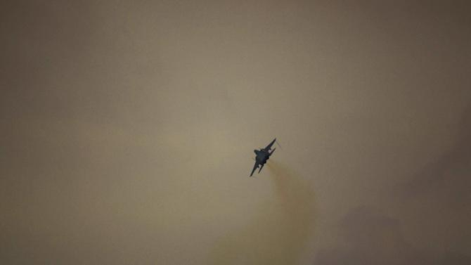 An Israeli air force jet fighter plane takes off from Tel Nof air force base for a mission over Gaza Strip in central Israel, Monday, Nov. 19, 2012. (AP Photo/Ariel Schalit)