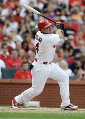 Molina helps Cardinals to 5-4 win over Pirates