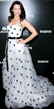 Kristin Davis goes for the classic dots in Oscar de la Renta