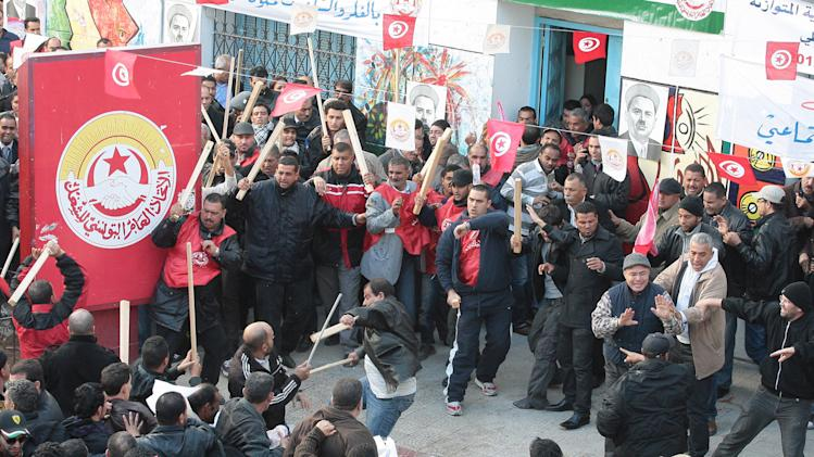 Riots hint at potential chaos in Tunisia's future