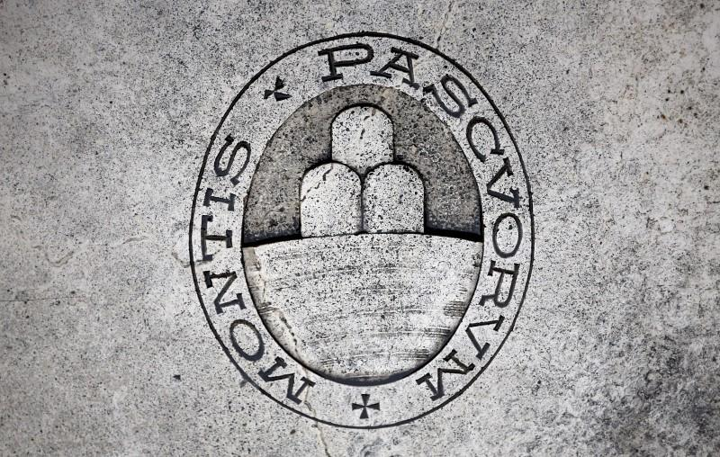 Monte dei Paschi approves privately-backed rescue plan