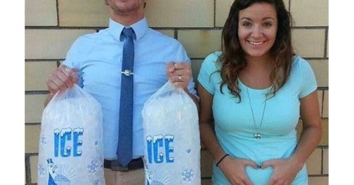 35 Clever And Cute Pregnancy Announcements