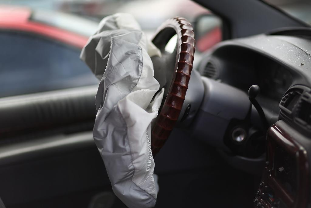 Takata airbag rupture linked to 11th US death