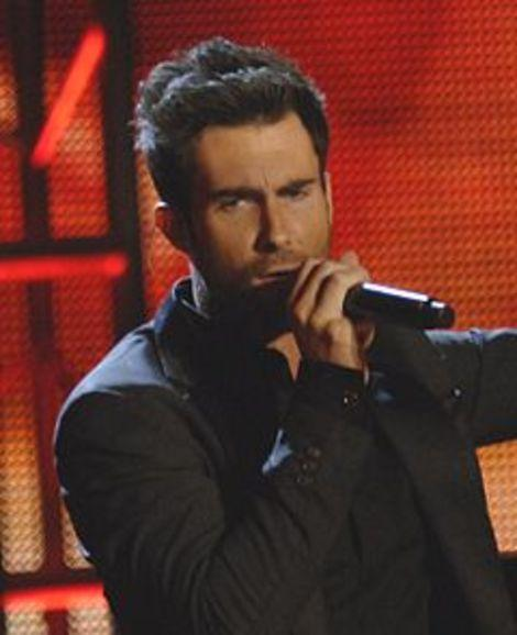 Celeb Trend Report: Adam Levine and Other Celeb Men with New Fragrances
