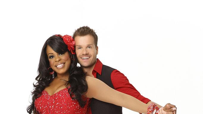 "The host and producer of the Style Network's home makeover show, ""Clean House,"" Niecy Nash is a two-time 2009 Daytime Emmy nominee and the new Celebrity Panelist for the entertainment news program, ""The Insider."" She teams up with Louis Van Amstel, who returns for his sixth season."