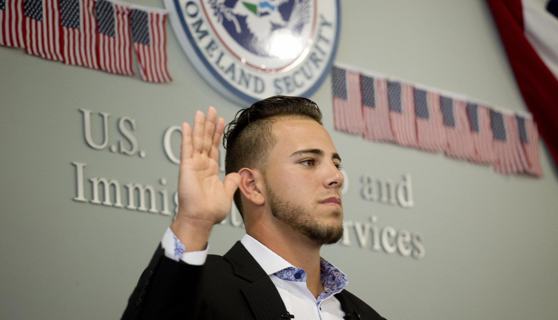Miami pitcher Jose Fernandez, from Cuba, becomes US citizen