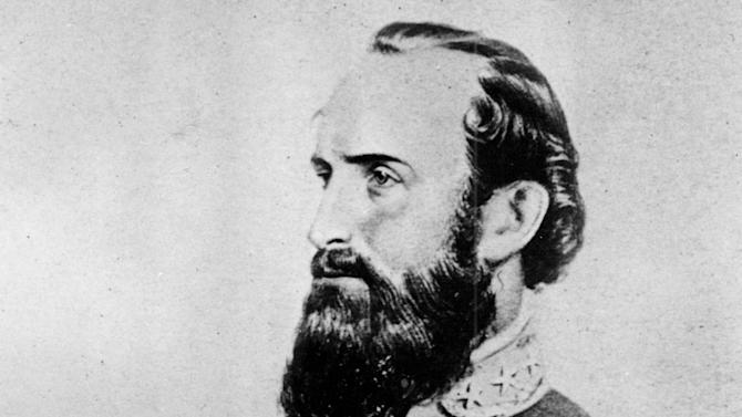 """FILE - This undated file photo shows a drawing of Thomas Jonathan """"Stonewall"""" Jackson, the Confederate general during the American Civil War, 1861-65. On Friday, May 10, 2013, the 150th anniversary of Jackson's death, a trauma surgeon with experience on the battlefield in Iraq and Afghanistan has reinvestigated the medical record to offer a diagnosis of Jackson's death. University of Maryland surgeon Joseph DuBose says Jackson likely died of pneumonia. He is confirming the diagnosis given by Jackson's physician, the famed Confederate doctor Hunter McGuire. (AP Photo/File)"""