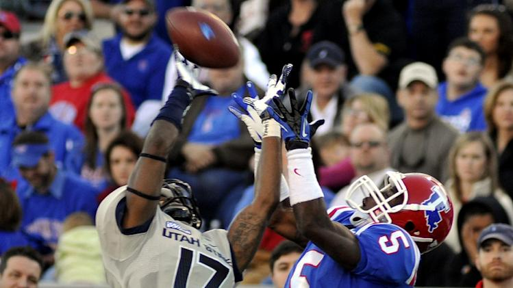 Utah State cornerback Will Davis (17) breaks up a touchdown pass to Louisiana Tech wide receiver D.J. Banks (5) during their NCAA college football game, Saturday, Nov. 17, 2012, in Ruston, La. (AP Photo/Kita Wright)