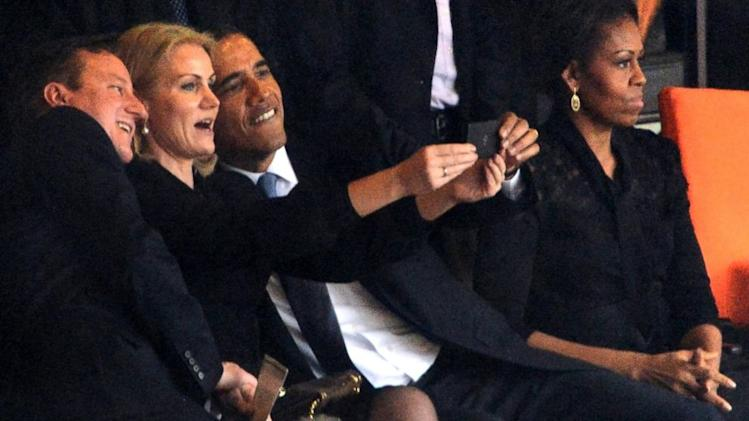 Danish PM Defends Obama Selfie