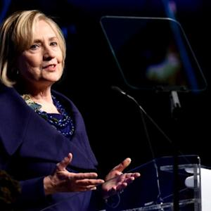 Hillary Clinton responds to e-mail controversy