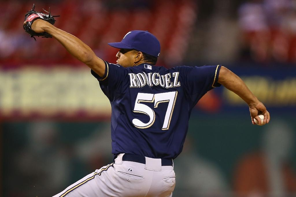 K-Rod inks two-year deal with Brewers