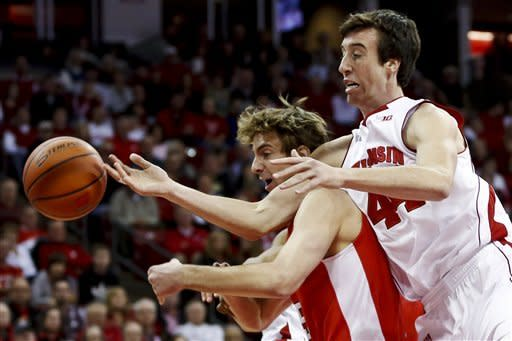 Wisconsin routs Cornell 73-40