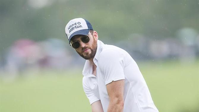 HAI. Haikou (China), 25/10/2014.- A commercial handout image released by Mission Hills Golf Club on 26 October 2014 shows US actor Chris Evans in action during the first day of the Mission Hills Celebrity Pro-Am in Haikou, China, 25 October 2014. EFE/EPA/Power Sport Images This image is licensed for editorial use only. Commercial use, including advertising, marketing and merchandising, is strictly prohibited. EPA COMMERCIAL FEED/EDITORIAL USE ONLY/NO SALES HANDOUT EPA COMMERCIAL FEED/EDITORIAL USE ONLY/NO SALES
