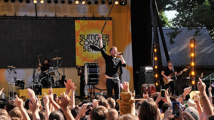 "Imagine Dragons Perform On ABC's ""Good Morning America"""