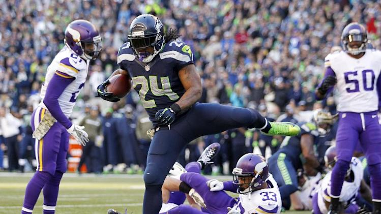 Seahawks top Vikes 41-20 for 13th straight at home