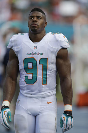 DE Wake in starting lineup for Dolphins