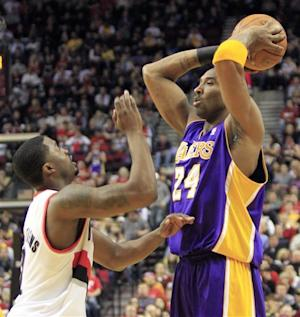 Wallace scores 31 as Blazers beat Lakers 107-96