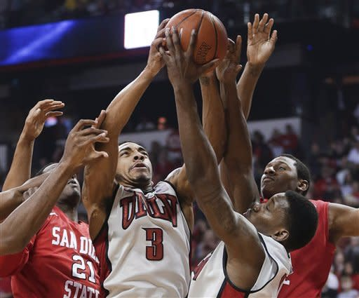 UNLV holds off San Diego State for 72-70 win