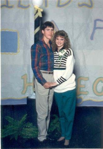 Jase and Missy Robertson in high school
