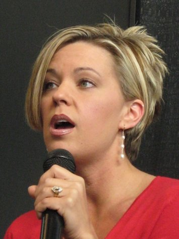 (Kate Gosselin)