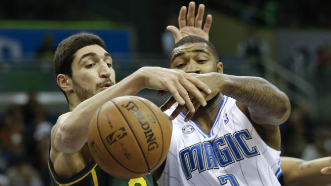 Trey Burke's 30 leads Jazz past Magic, 86-82