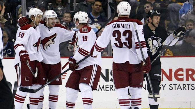 Coyotes stun erratic Penguins 3-2