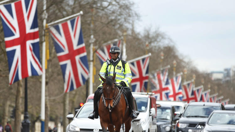 Hundreds more police on duty for London Marathon