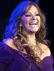 Jenni Rivera: una cruz y una carta