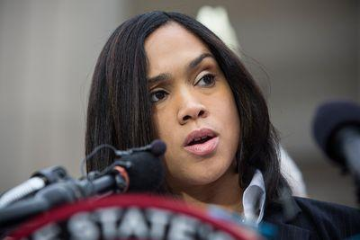 Baltimore police officer argues Freddie Gray's knife was indeed illegal