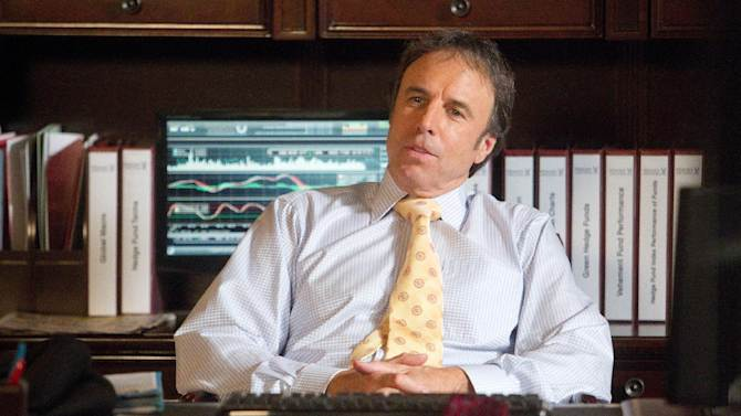 """This undated image released by Showtime shows Kevin Nealon as Doug Wilson in a scene from the seventh season of """"Weeds.""""  Nealon comes across as a mellow guy, which makes the title of his new Showtime comedy special a proper fit. """"Kevin Nealon: Whelmed But Not Overly,"""" debuting 10:30 p.m EDT Saturday, Aug. 4, 2012, is the actor-comedian's examination of his phobias that range from inoculations to cell phones to chimpanzees. (AP Photo/Showtime, Jordin Althaus)"""