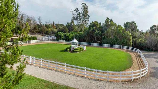 Oprah Coughs Up Almost $29 Million for Equestrian Estate in Montecito