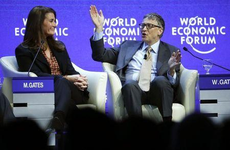 "Gates sees ""miracle"" tools for AIDS by 2030 in vaccine and drugs"