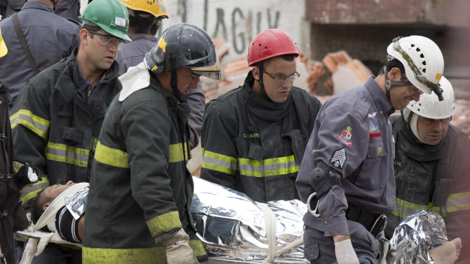 Brazil commercial building collapses, kills 6