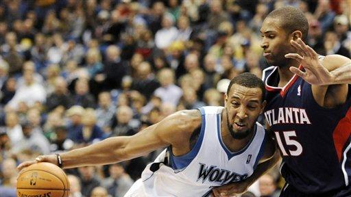 Pekovic powers Wolves over slumping Hawks, 108-103