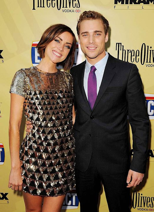 Extract LA Premiere 2009 Jessica Stroup Dustin Milligan