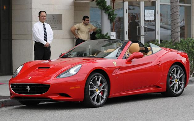 EXCLUSIVE Paris Hilton driving her new Ferrari - Part 2