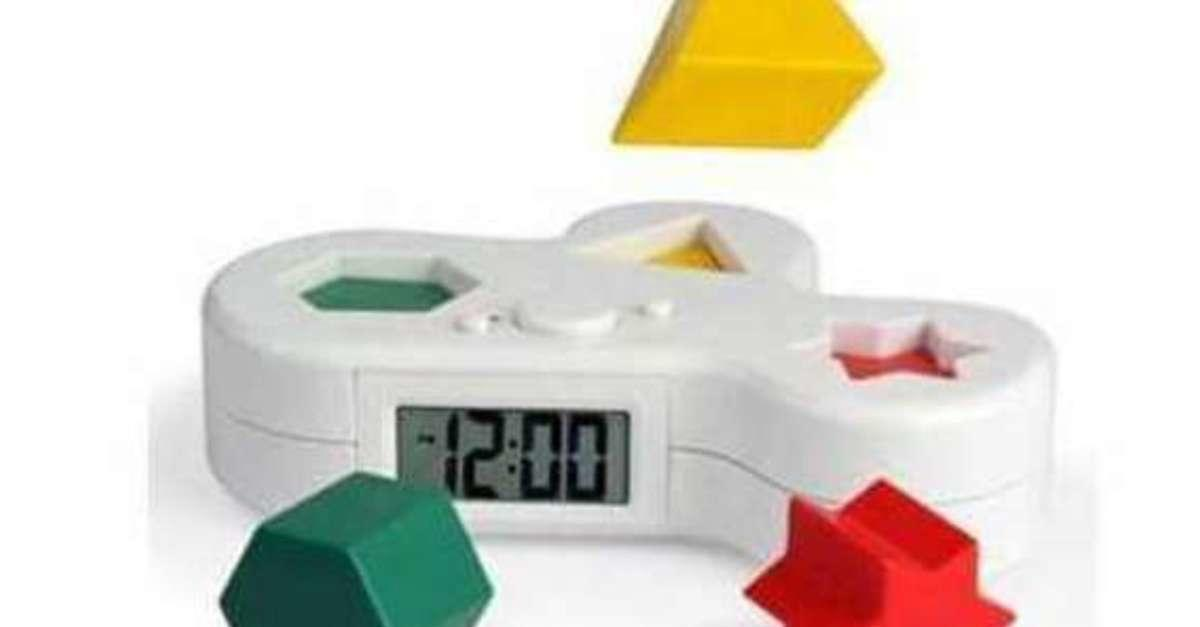 19 Alarm Clocks That Will Never Let You Sleep In