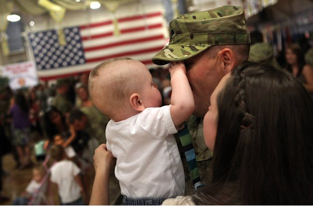 1st Brigade Combat Team Soldiers Return Home After Afghanistan Deployment