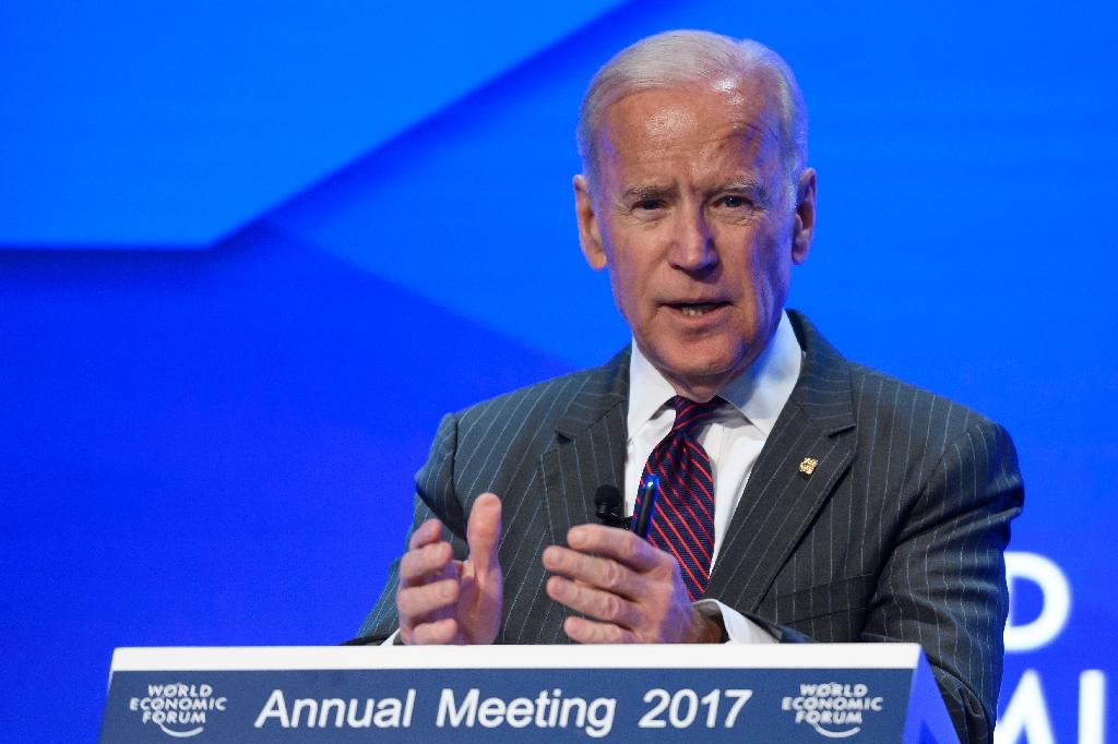 Biden urges Trump to keep up cancer campaign