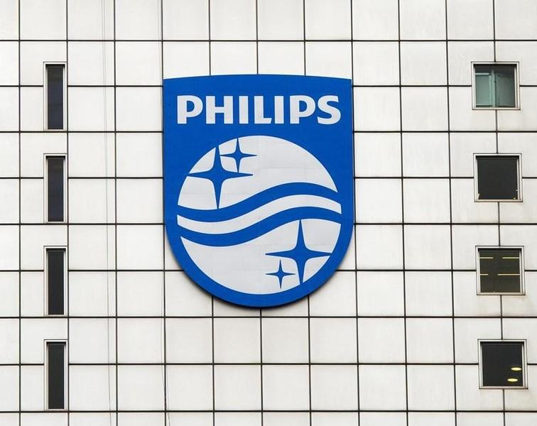 Philips expands in medical devices with $1.2 billion Volcano deal