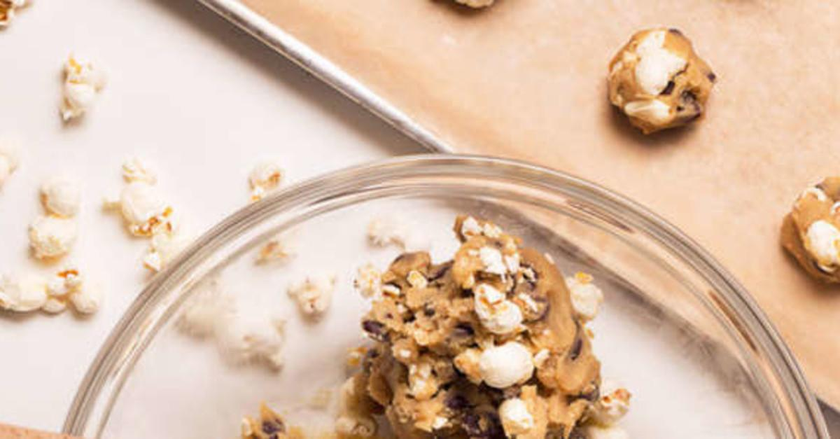10 Chocolate Chip Cookie Hacks You Need to Try