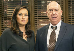 Mariska Hargitay and Dann Florek | Photo Credits: David Giesbrecht/NBC