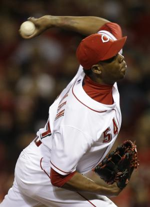 Chapman and Reds agree on $5 million, 1-year deal