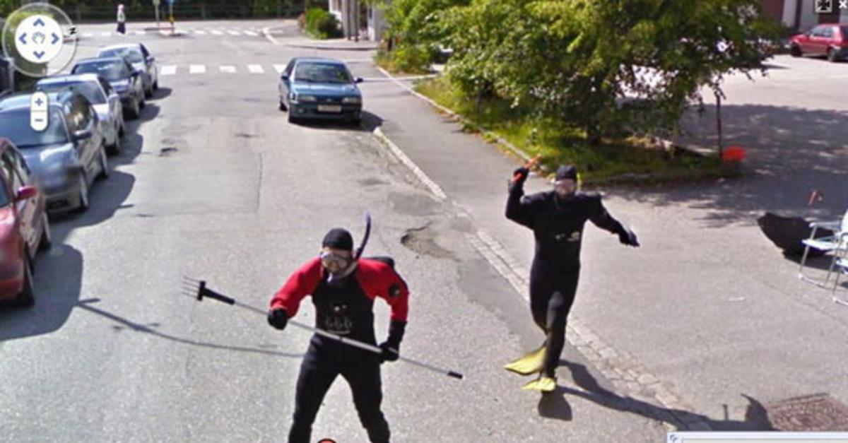 30 Bizzare Images Caught By Google Street View