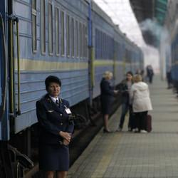 Ukraine Begins To Cut Off Transportation To Crimea