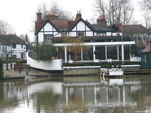 The patron's landing stage at the Waterside Inn on the River Thames at Bray in Berkshire. Credit: Nancy, Wikimedia Commons