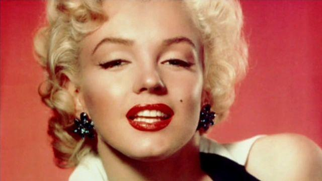 Marilyn Monroe X-rays reveal plastic surgery