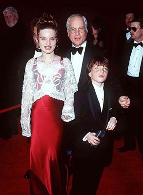 Richard Dreyfuss and kids 68th Academy Awards Los Angeles, CA 3/25/1996