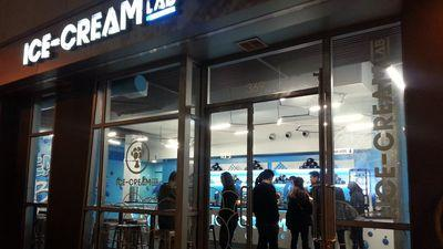 Opening Alert: Ice Cream Lab Working Their Frozen Science in Little Tokyo